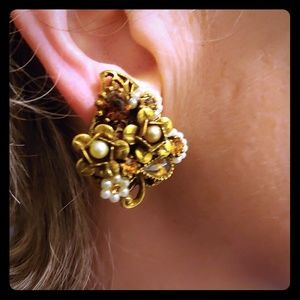 Vintage gold, crystal and pearls earrings